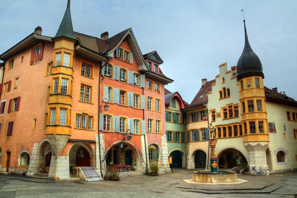 Altstadt am Ring in Biel, Jura und Drei-Seen-Land