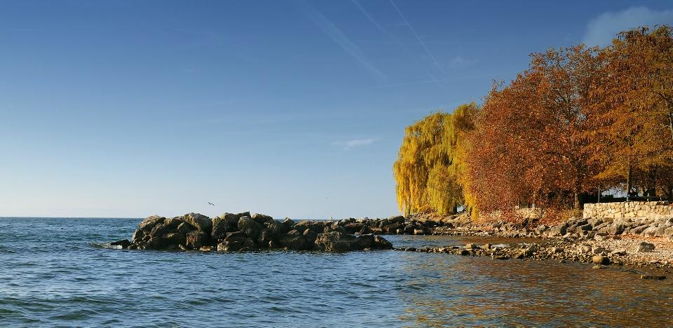 Neuenburgersee im Drei-Seen-Land, Jura