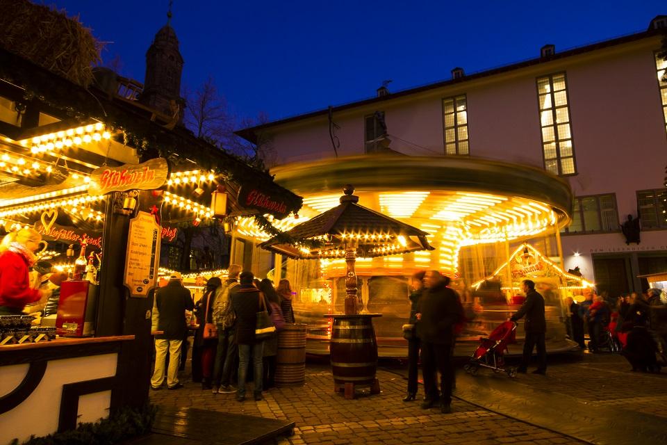 Heidelberg Weihnachtsmarkt.Heidelberger Weihnachtsmarkt Am Fuße Des Schlosses
