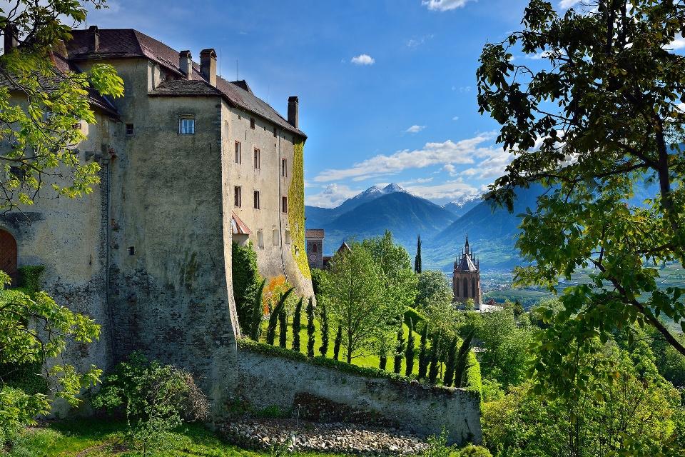 Schloss Schenna in Südtirol, Tauferer Ahrntal