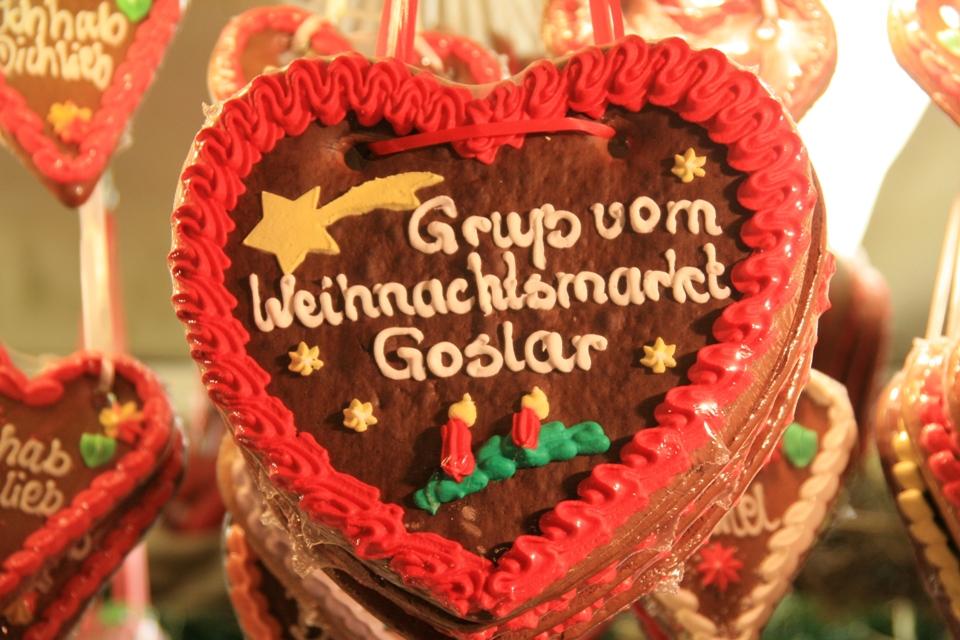 Lebkuchenherz Goslar auf dem Goslarer Weihnachtsmarkt