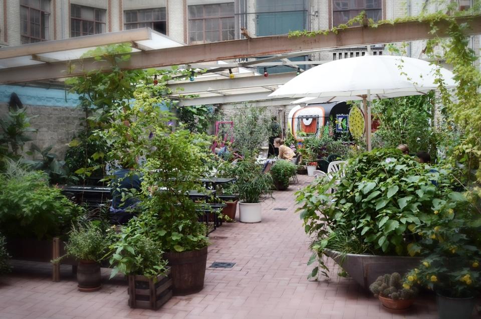 Garten im Hüttenpalast Berlin
