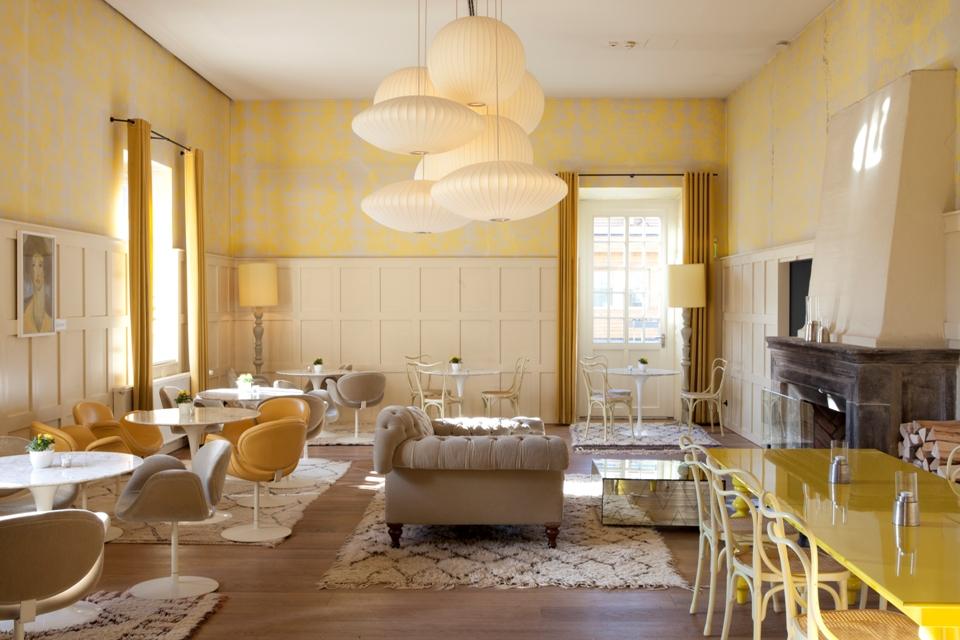 Der Gelbe Salon