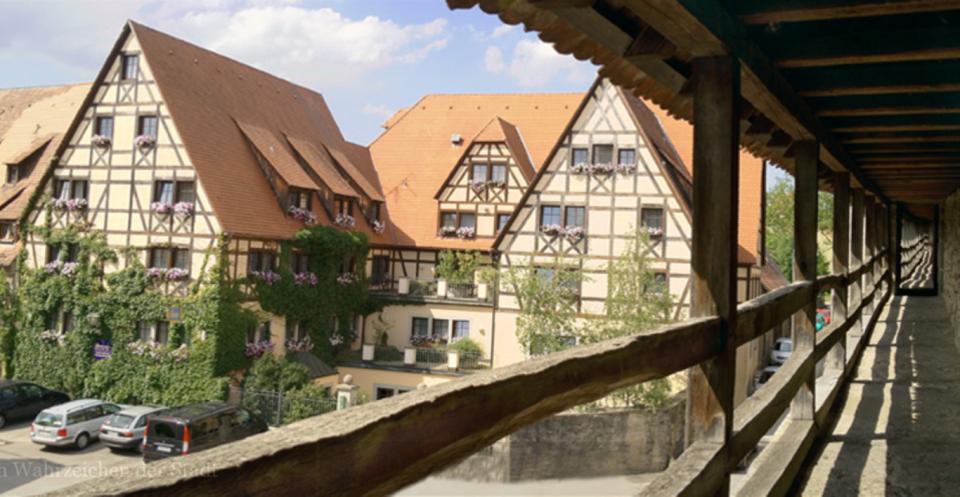 Blick auf das Prinzhotel Rothenburg ob der Tauber