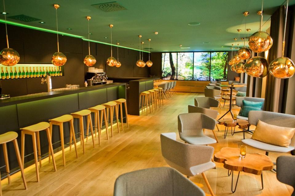 Emils Bar & Lounge