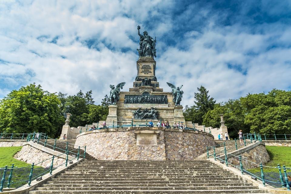 Niederwalddenkmal bei Rüdesheim - Taunus