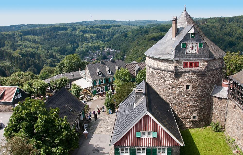 Ausblick von Schloss Burg