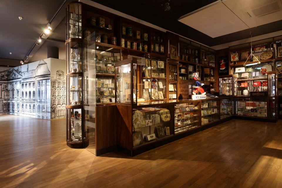 Schokoladenmuseum Köln, historische Ladeneinrichtung