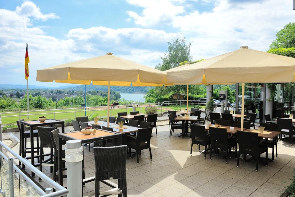 Terrasse mit Aussicht auf den Rhein, Hotel Haus Oberwinter
